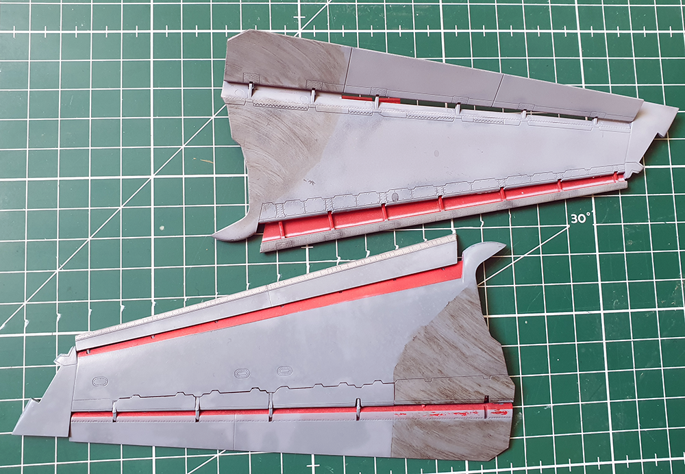 SbS_F14_085_GB_weathering_wing.png